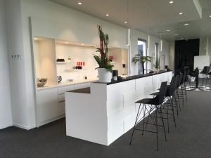 Création d'un bar sur-mesure pour la concession SAGA Mercedes-Benz de Villeneuve d'Ascq