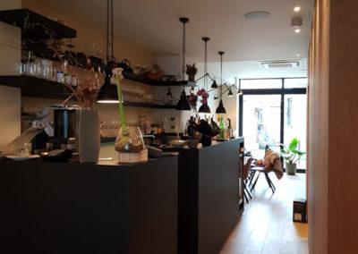 Comptoir bar et encaissement pour un restaurant en Belgique